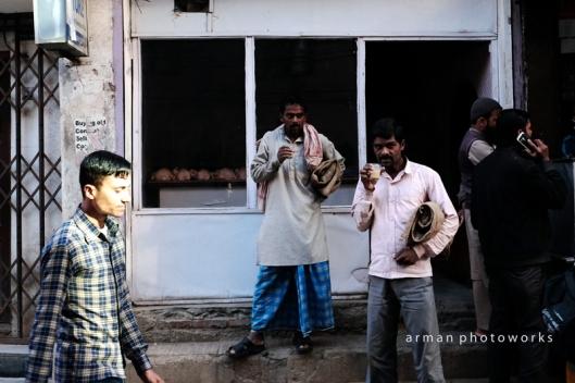 Segelas teh susu di pagi hari, Kathmandu