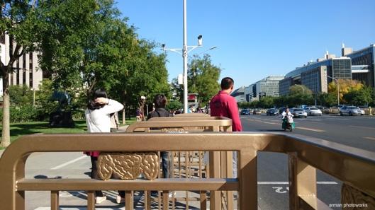 Suasana halte bus (Sony Xperia Z3+)
